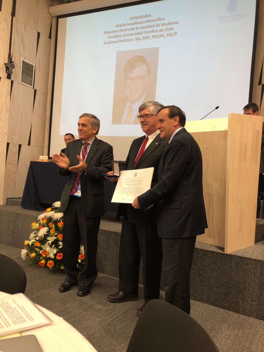 Dr. Padmos during the award presentation