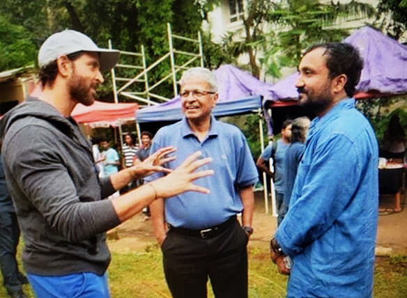 Dr. Mathew with Hrithik Roshan (left) and Anand Kumar (right) on the set of the Super 30 movie (Submitted by Dr. Mathew)