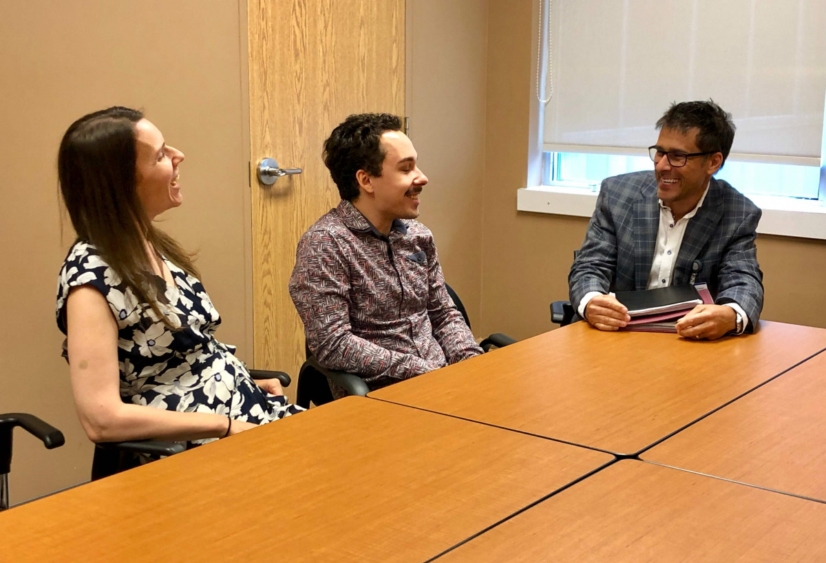 Dr. Thériault with Dr. Jocelyne Martin and Dr. Gabriel Drolet, first-year residents in Psychiatry.